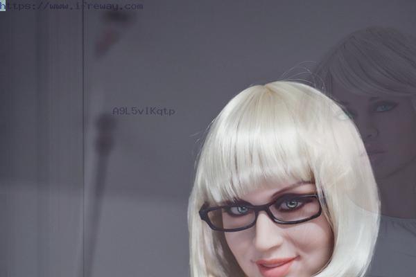 Sex Doll Torso Can Create A Warm Feeling