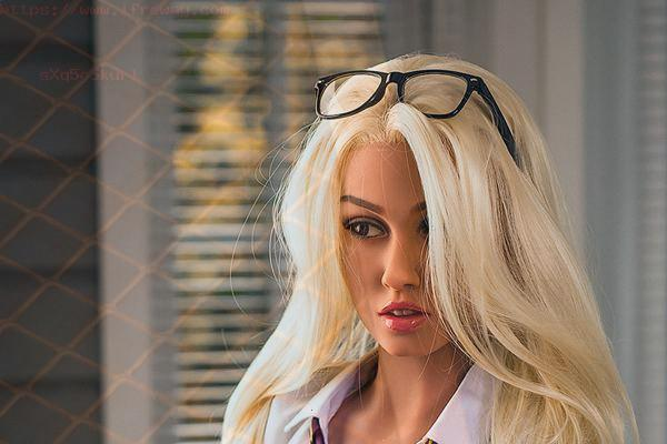 Huge Tits Sex Doll Can Help You Reduce Stress