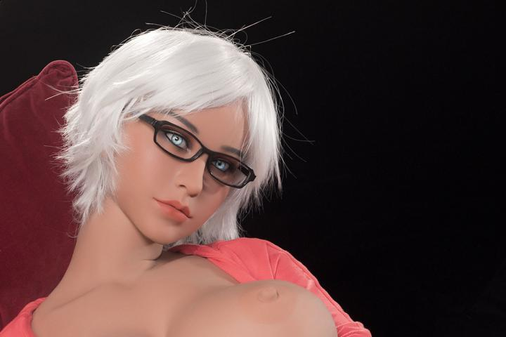 Are You New To This Segment? Learn How To Enjoy Your Sexual Fantasies With Full Doll