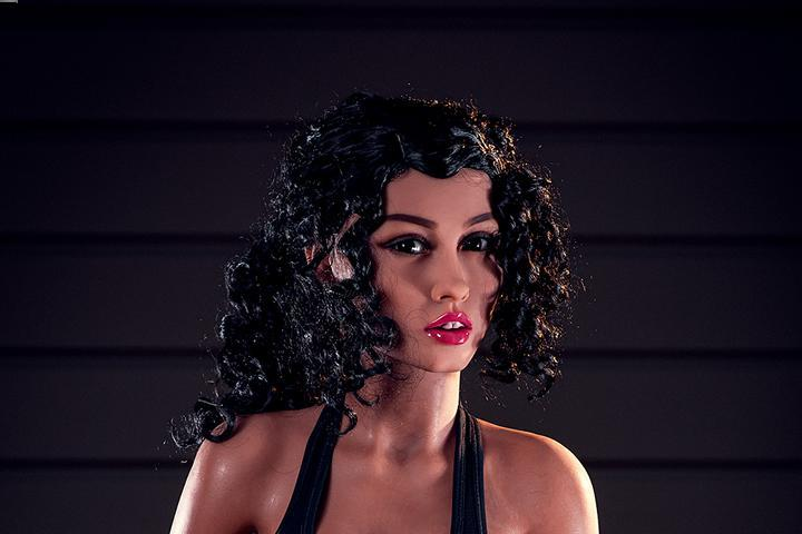 You Should Clean The Sex Dolls That Look Like Humans After Each Use